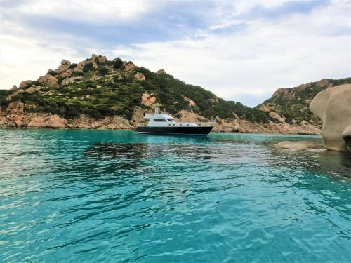 Daily excursion with lunch in the La Maddalena Archipelago