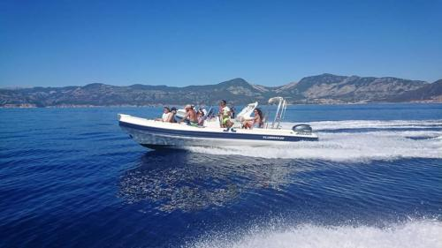 Inflatable boat with passengers on board