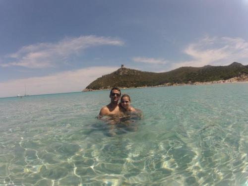 Couple in Chia sea