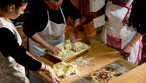 Cooking class a Mamoiada