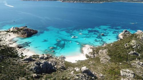 Vista panorámica de la isla de Spargi