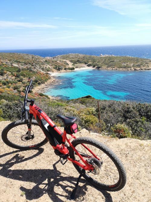 <p>E-bike Asinara</p><p><br></p>