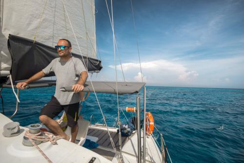 Skipper a bordo di un catamarano
