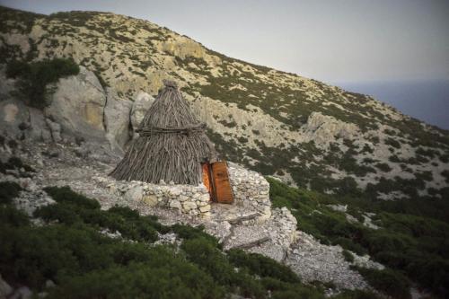 Straw hut in the Supramonte