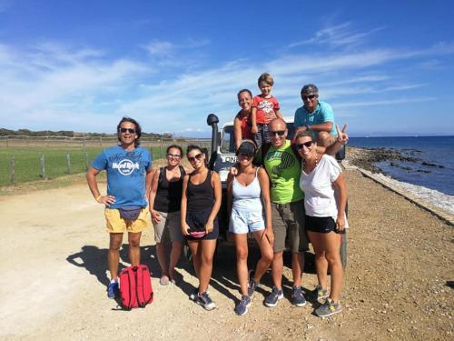 Escursionisti durante tour in Fuoristrada