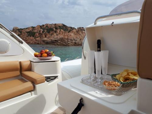 Aperitif served on board a rubber dinghy in the La Maddalena Archipelago