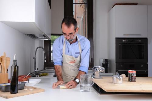 Chef prepares the pasta for the culurgiones