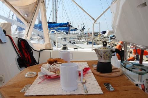 Breakfast on board a sailboat