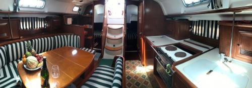 Innenraum eines Segelboots