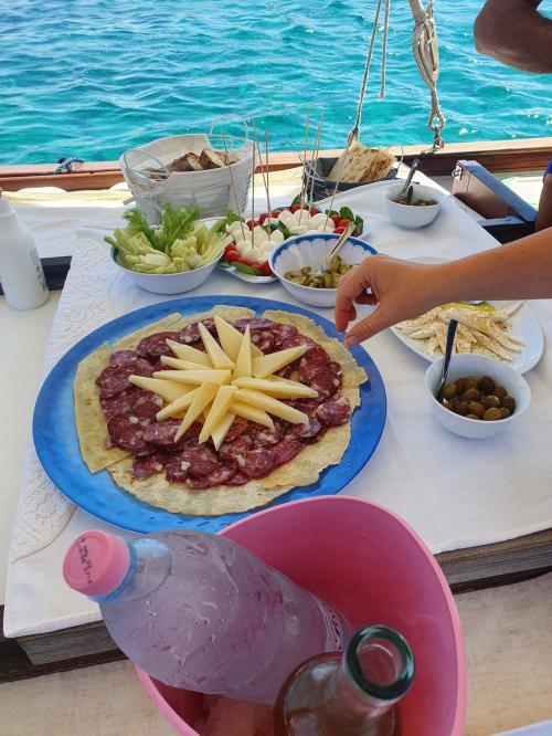 Sardinian aperitif aboard a vintage sailing ship