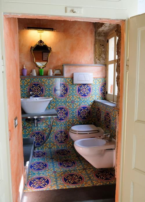 Badezimmer im Zimmer
