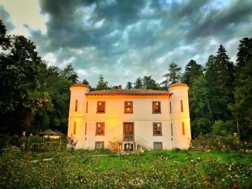 Villa Piercy iluminada