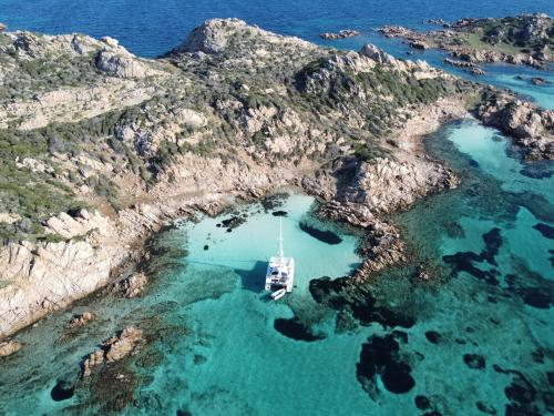 Meer und Inseln des La Maddalena Archipels
