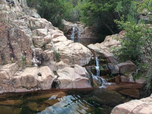 Piccole cascate nelle Piscine Naturali del Monte Ferru
