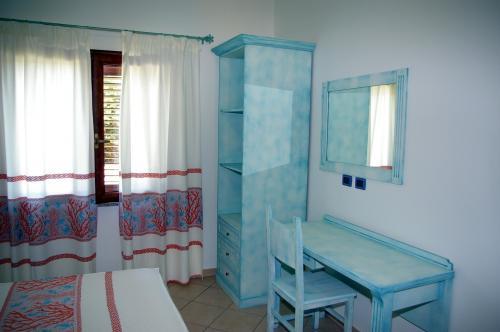 Intérieur d'une chambre de résidence à Arbatax
