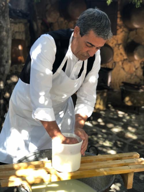Guide prepares Pecorino Sardo