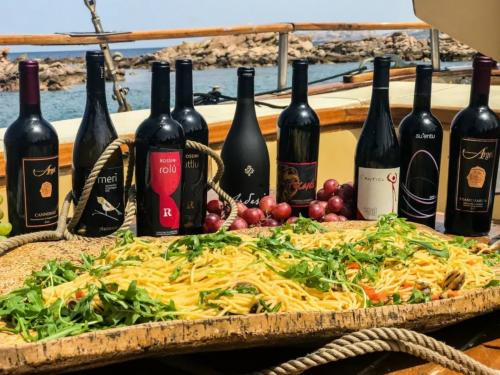 Selection of Sardinian wines with first course of pasta