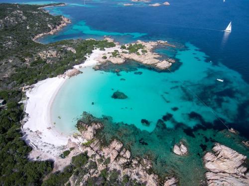 Arcipelago di La Maddalena und kristallines Meer