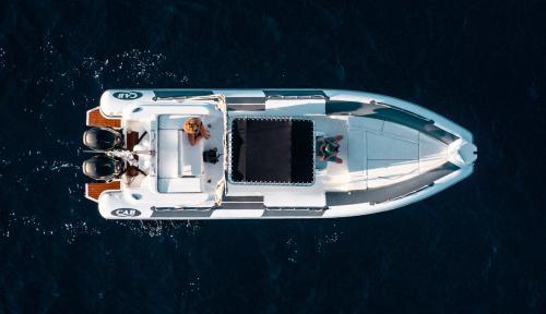 Foto dall'alto gommone nell'Arcipelago di La Maddalena